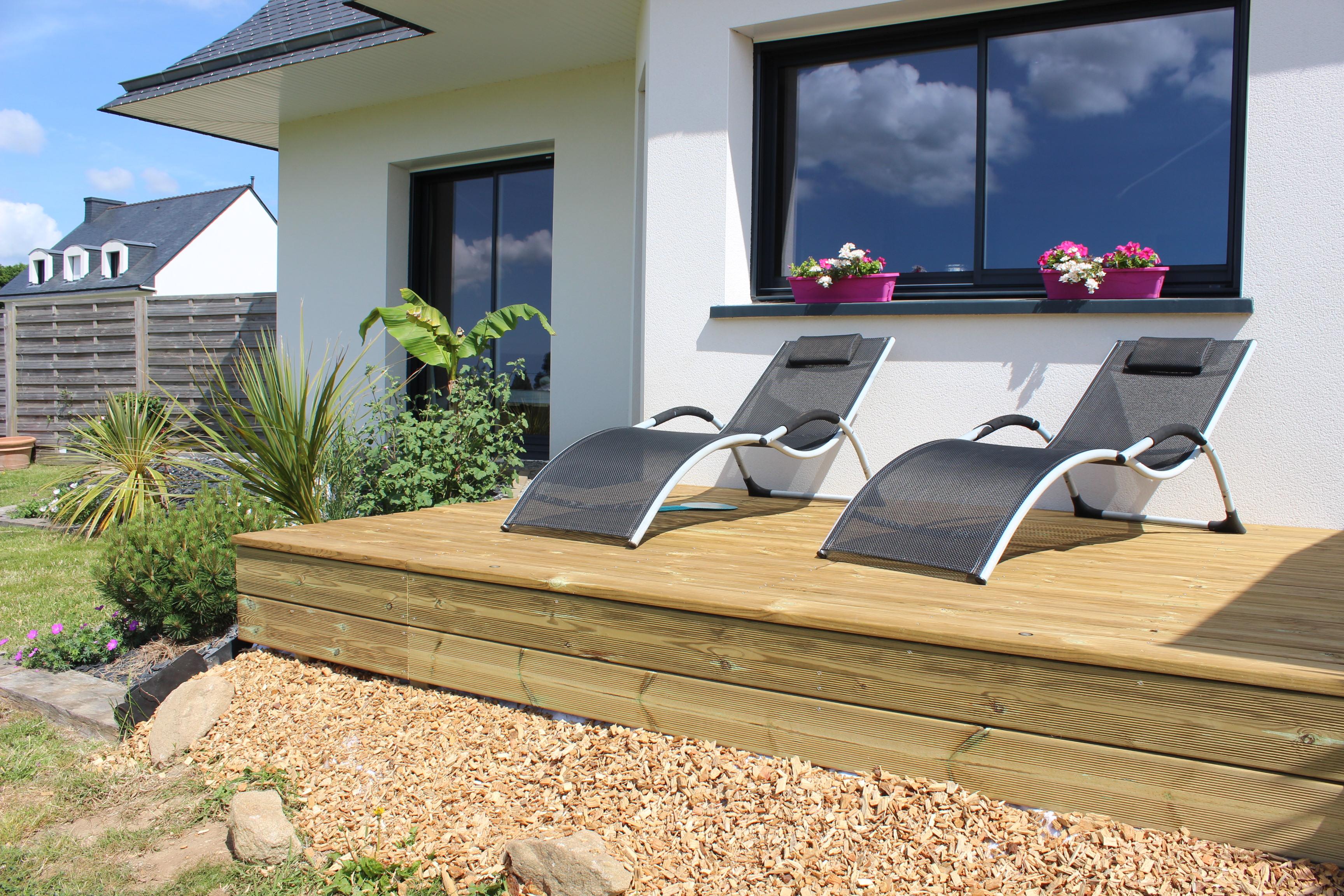 Création de jardin, aménagement paysager et décoration extérieure .